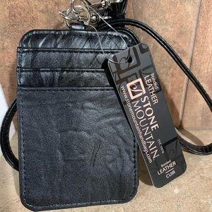 Stone Mountain Zip Card Case